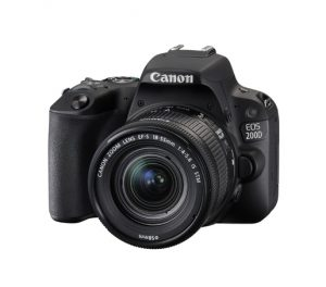 Canon Eos 200D + EF-S 18-55 IS STM-0